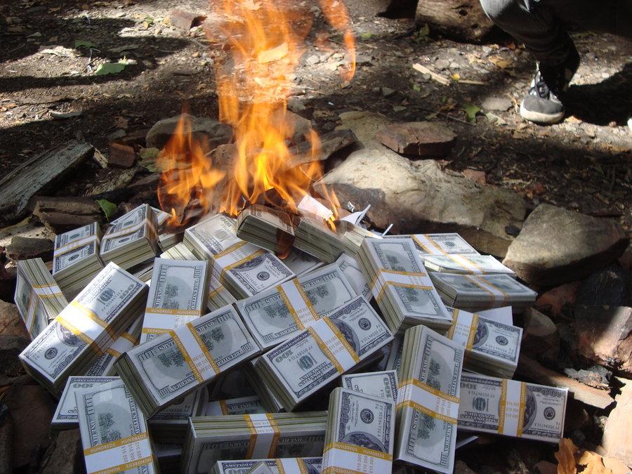 Американские богачи за один день потеряли миллиарды долларов